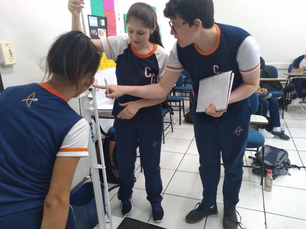 Peso, saúde e qualidade de vida: alunos do 8º e 9º ano calculam Índice de Massa Corporal