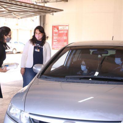 Drive-thru da saudade e solidário: Guairacá angaria materiais em prol de instituição beneficente