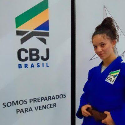 Aluna do Colégio Guairacá participa de treinamento de campo